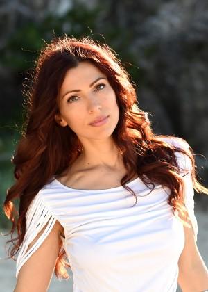 Yana Zinov